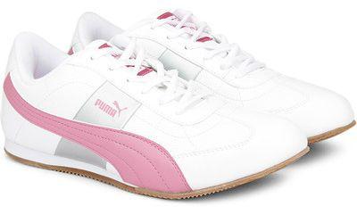 Flat 50% Off on Women's Footwear