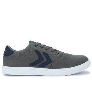 Hummel Men's Footwear up to 50% Off