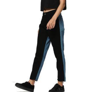Kook N Keech Women Cropped Jeans at Rs.849
